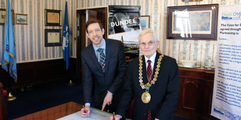 Dundee City Council commits to tackling climate change  Image