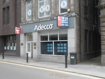 Retail, 21 Albert Square<br/>Dundee<br/>DD1 1DJ<br/>City Centre<br/> Image