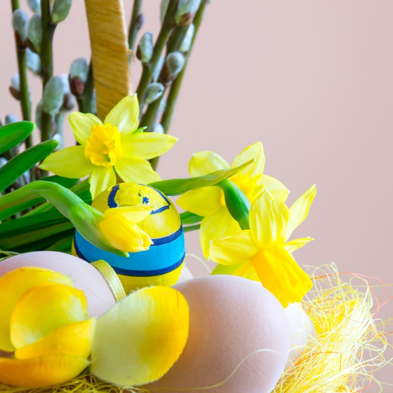 Make a Flower Basket Image