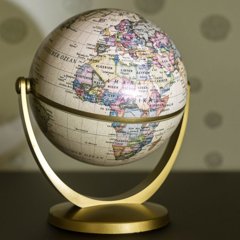 Dundee - A Global City Image