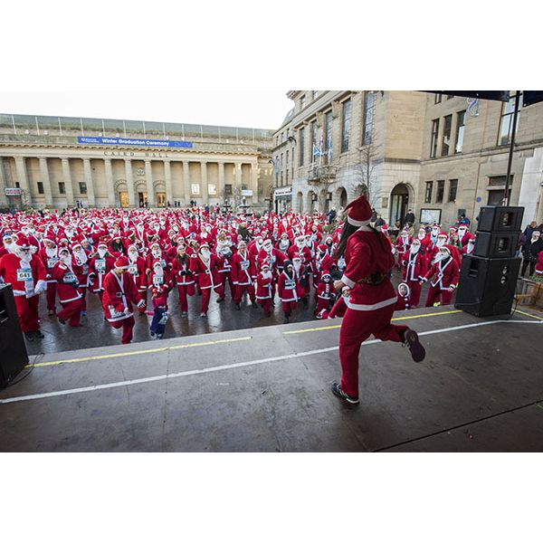 Leisure and Culture Dundee Santa Dash  Image